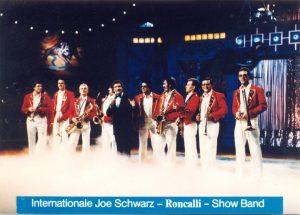 """Joe Schwarz zusammen mit Freddy Quinn in der Sendung """"Circus Circus"""""""