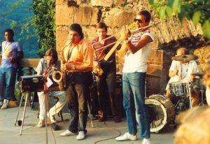 Joe Schwarz mit seiner Jazz-Combo auf Schloss Heidelberg